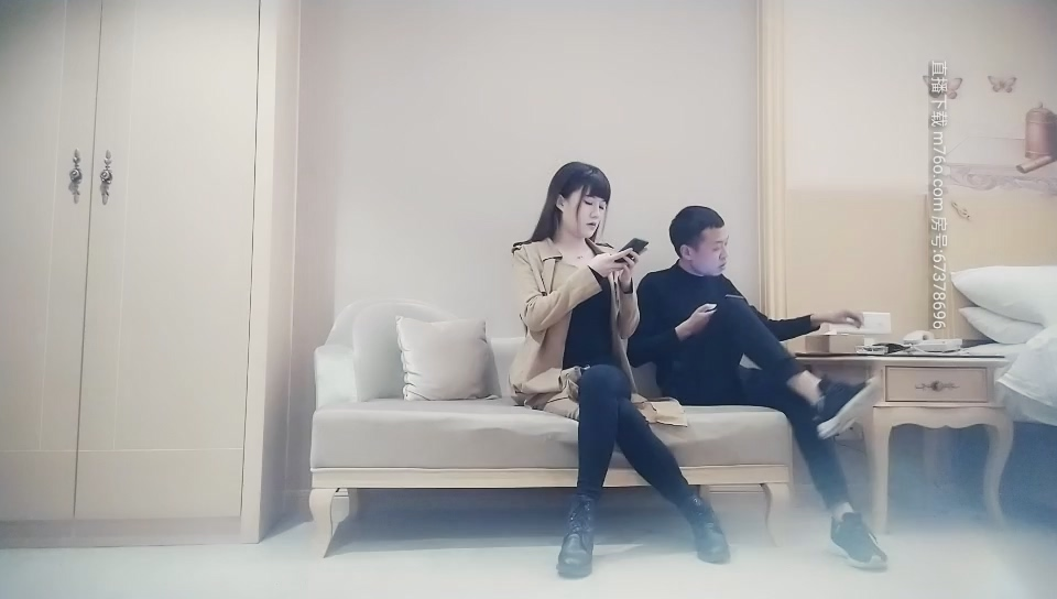 【線上x20】國產AV~製服雙馬尾可愛漂亮學生妹~勾引助教